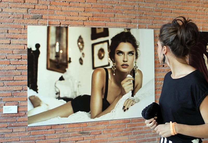 <!--:bg-->Посвещават изложба на Бианка Балти<!--:--><!--:en-->An exhibition is dedicated to Bianca Balti<!--:-->