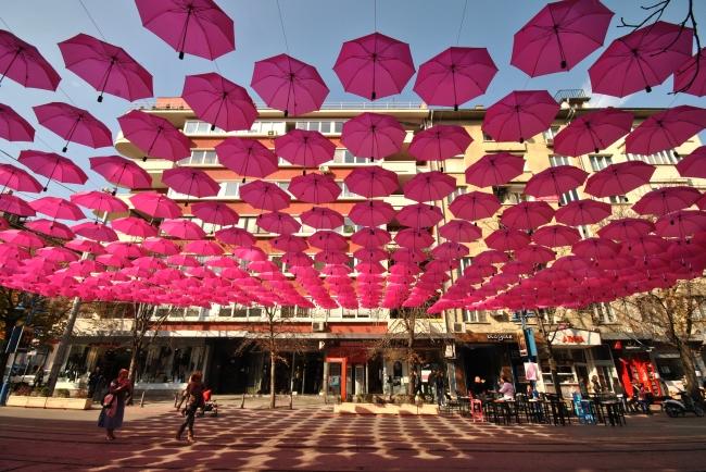 <!--:bg--> Чадъри украсиха булевард &#8222;Витоша&#8220;<!--:--><!--:en-->Umbrellas decorated &#8222;Vitosha&#8220; Street<!--:-->