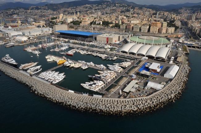 <!--:bg-->Яхти и разкош в Генуа<!--:--><!--:en-->Yachts and luxury in Genoa<!--:-->