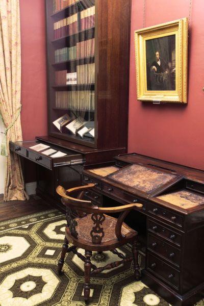 Музеят на Дикенс – едно завръщане във Викторианската епоха