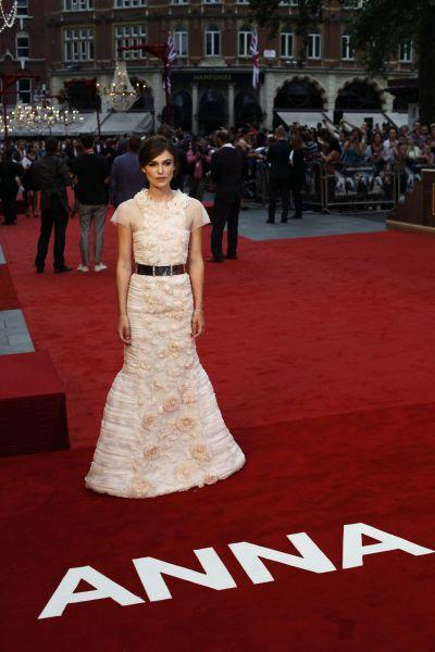 """<!--:bg-->Костюми с номинации за """"Оскар"""" изложени в Лондон<!--:-->"""