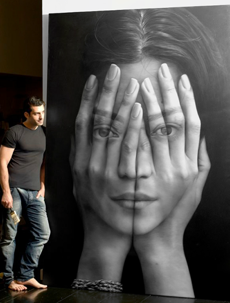 Tigran_Tsitoghdyan_with_his_painting_from_Mirror_series