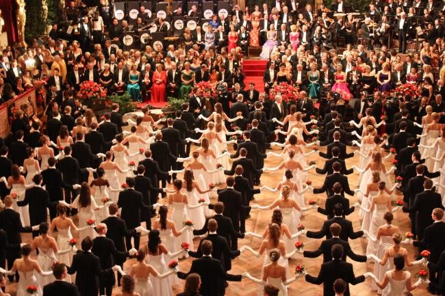 <!--:bg-->Виенският бал в Щатсопера ще се проведе на 7 февруари<!--:-->