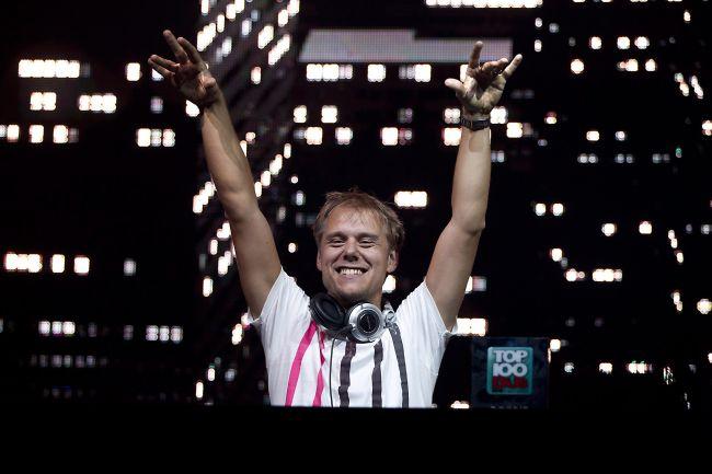 Armin Van Buuren този път в София
