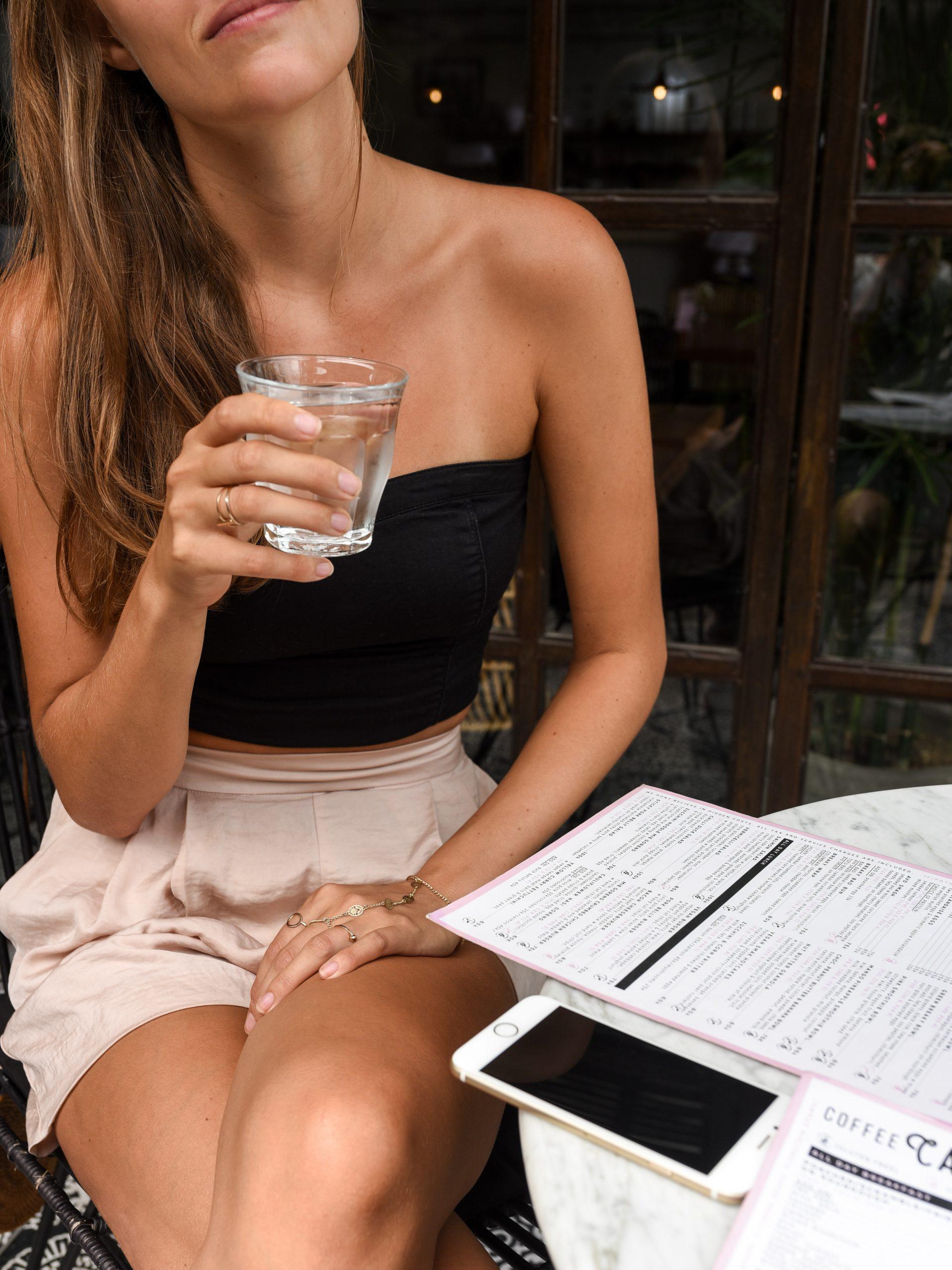 Започнете деня с чаша вода