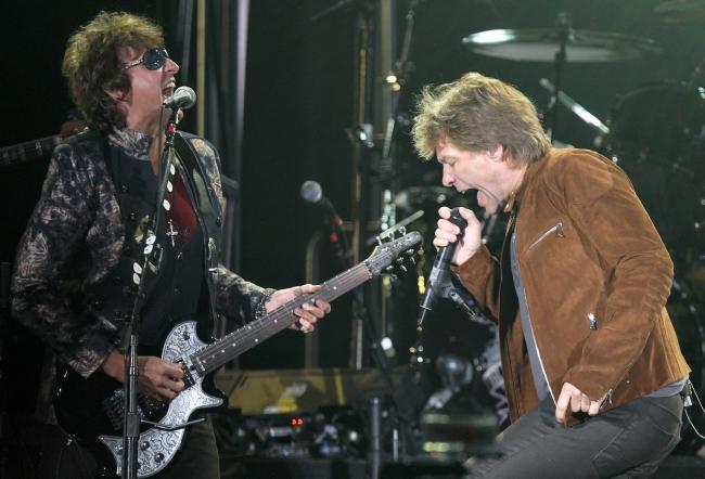 <!--:bg-->Концертът на Bon Jovi взриви София<!--:--><!--:en-->Bon Jovi's concert blew away Sofia<!--:-->
