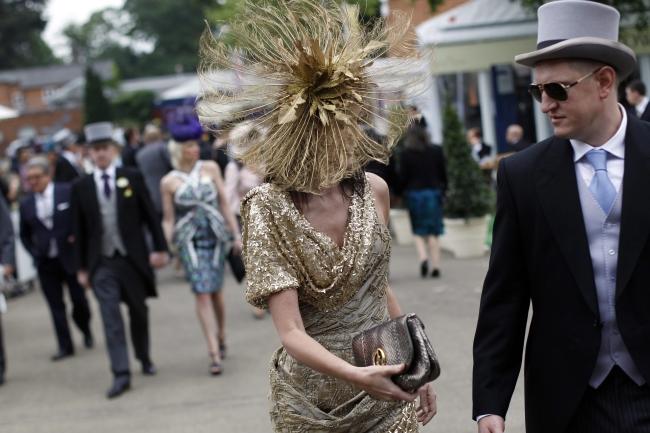 <!--:bg-->Почитателките на шапките отново се събраха в Аскът<!--:-->