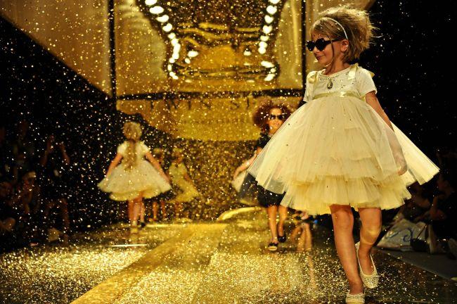 <!--:bg-->Деца, посипани със злато и усмивки<!--:-->