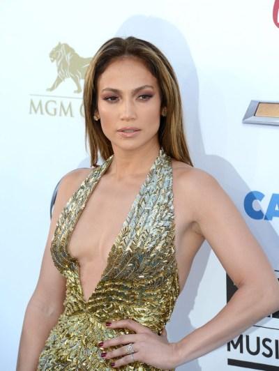 <!--:bg-->J. Lo разказва за стила на J. Lo<!--:-->