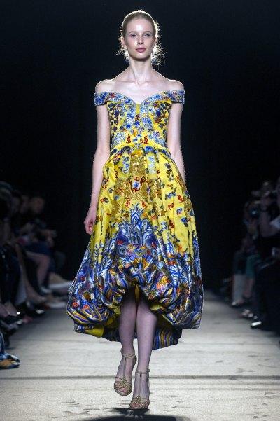 <!--:bg-->Акцент върху жълтото и една детска рокля<!--:-->