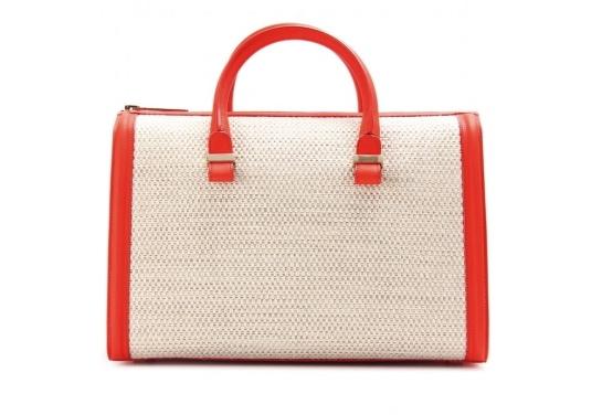 <!--:bg-->Изкушаващите чанти на Виктория Бекъм<!--:-->