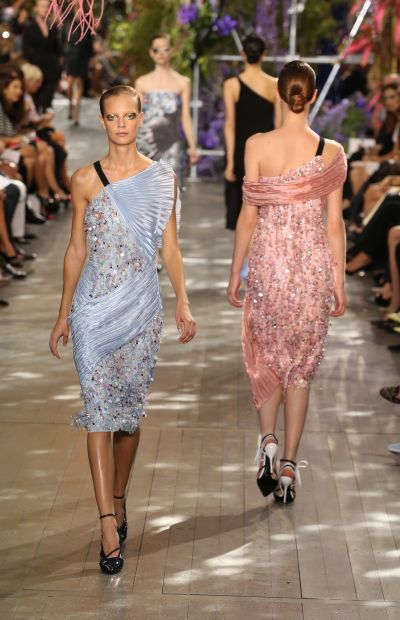 <!--:bg-->Пролетта на Dior – красив диалог между двама дизайнери<!--:-->