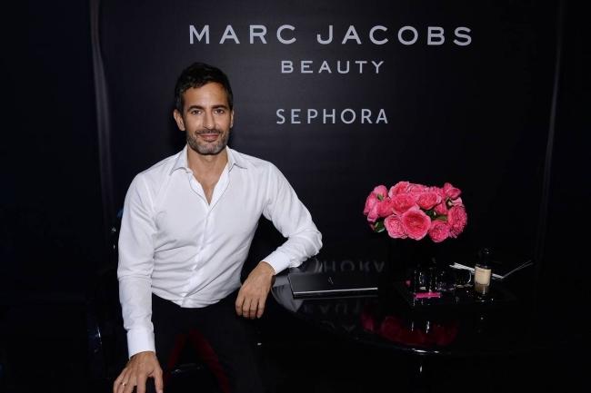 <!--:bg-->Марк Джейкъбс пуска козметична линия за мъже<!--:-->
