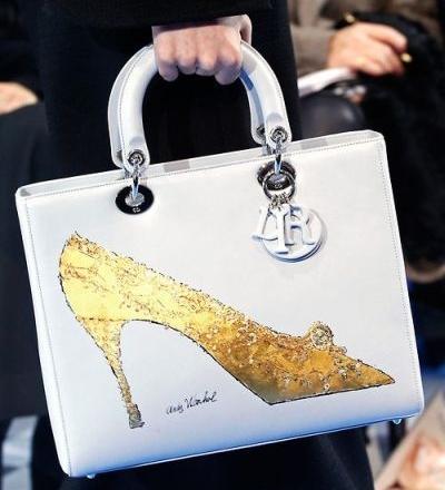 <!--:bg-->Inside Trend: Изкуството на Dior и Warhol<!--:-->