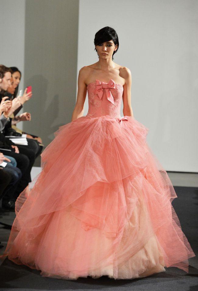 <!--:bg-->Розовите булки на Vera Wang<!--:-->