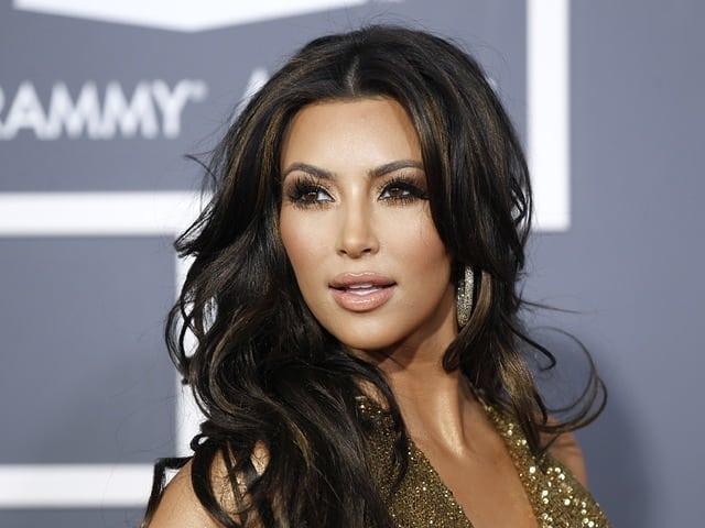 """Известна, защото е известна: Ким Кардашиян и професията """"момиче за всичко"""""""