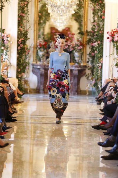 <!--:bg-->Мане, Реноар и Ван Гог с репродукции от Dolce&Gabbana за четвъртата им couture колекция<!--:-->