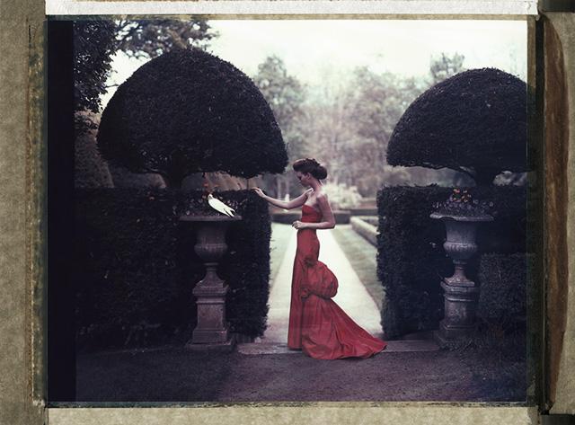<!--:bg-->Да снимаш Valentino в неговия собствен замък<!--:-->