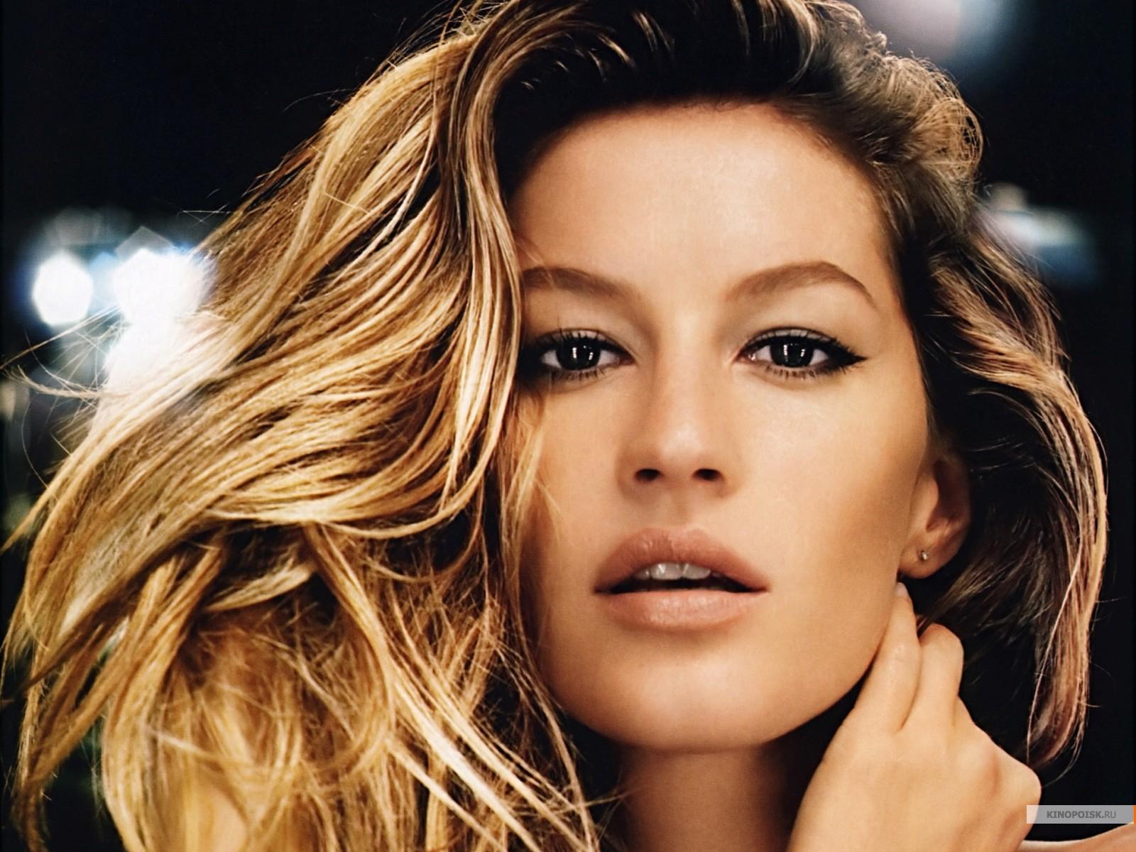 <!--:bg-->Жизел Бюндхен ще е новото лице на Chanel No.5!<!--:-->
