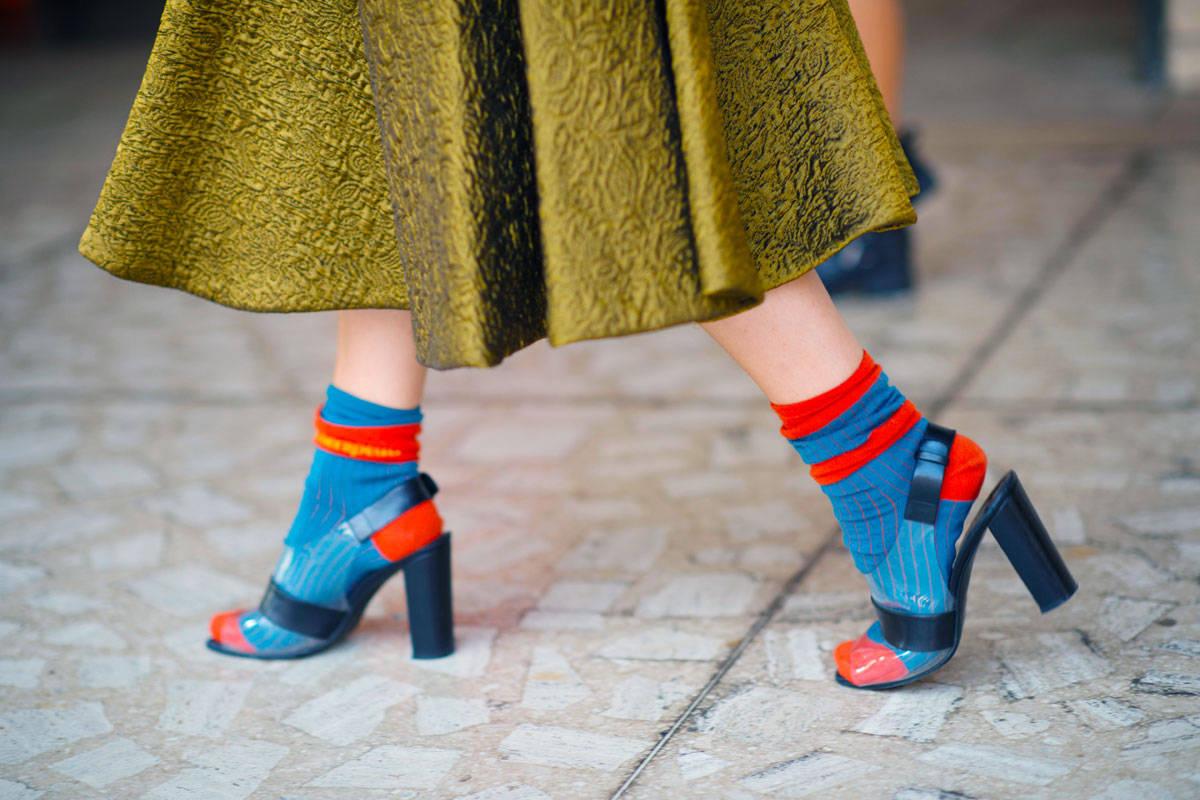 <!--:bg-->10 перфектни комбинации на чорапи с обувки… само за жени, разбира се!<!--:-->