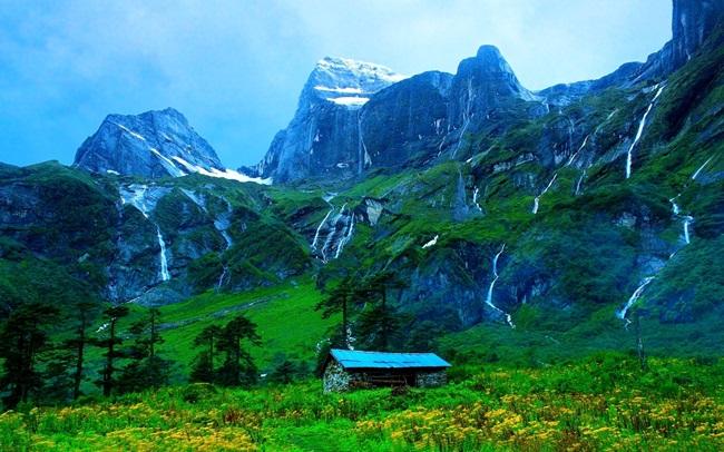 Летен релакс в 3 забележителни планини по света