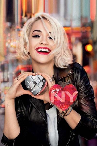 DKNY и Рита Ора – една очаквана колаборация в света на ароматите