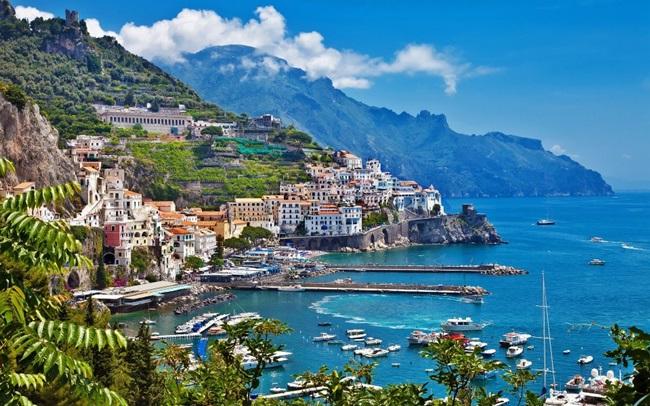 Морска приказка по крайбрежието на Италия