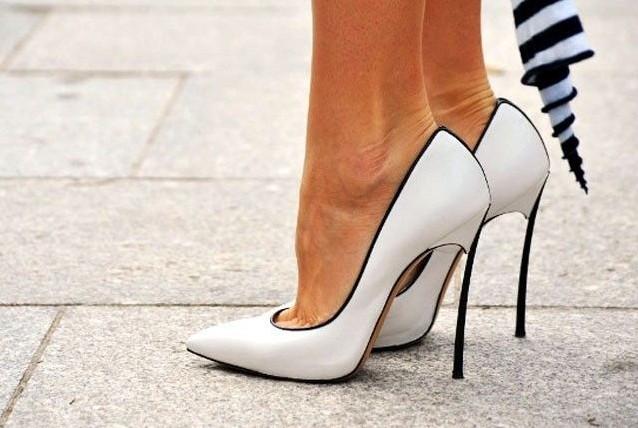 <!--:bg-->Петте чифта вечни обувки, които трябва да имаме<!--:-->