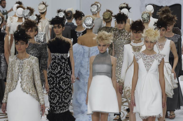 <!--:bg-->Ревюто на Chanel: Джаред Лето на front row, Кендъл Дженър с моден дебют, Ашли Гуд дефилира бременна<!--:-->