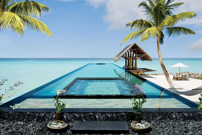 """Най-красивите басейни, които влизат в списъците ни """"must-go"""""""