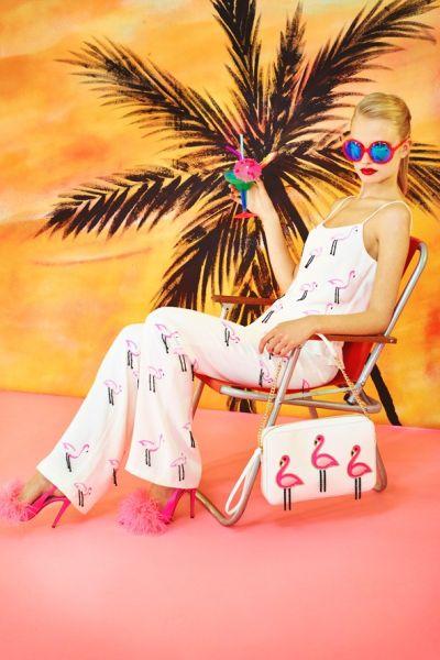 Inside Trend: Фламинго по залез слънце от Moschino Cheap and Chic
