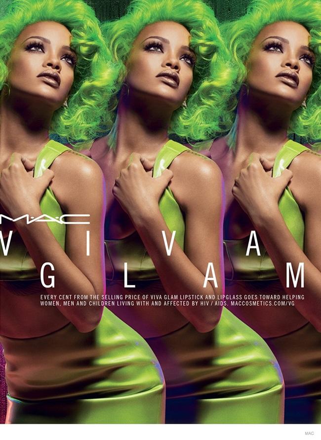 <!--:bg-->Риана ни разтърсва със зелената си коса за есенната реклама на М.A.C Viva Glam<!--:-->