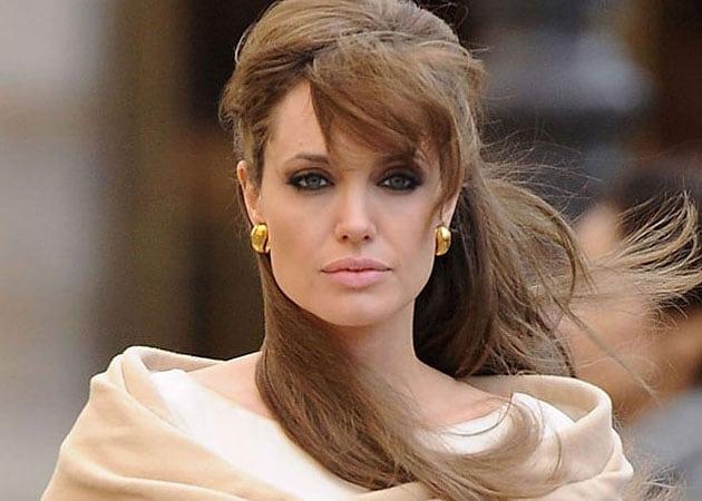 Да бъдеш Анджелина Джоли: 7 аутфита за 7 дни