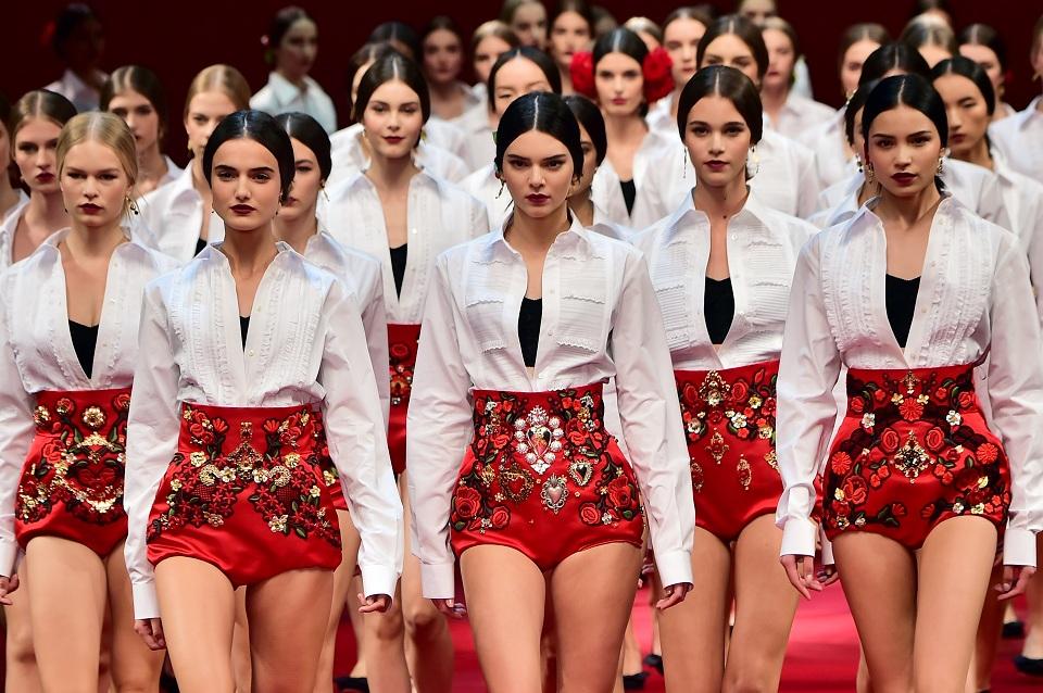 <!--:bg-->Когато Италия срещна Испания в ревюто на Dolce&Gabbana<!--:-->