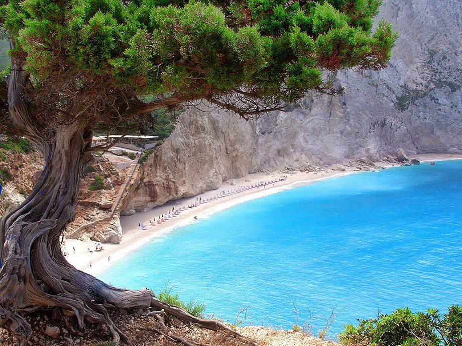 Лефкада от митологията и едни от най-известните плажове в света