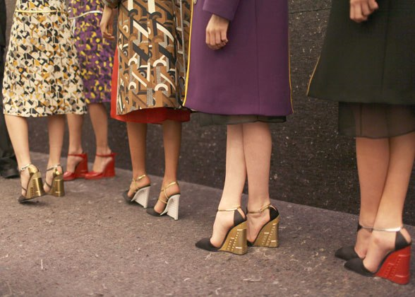 <!--:bg-->Обувки за градския есенен пейзаж<!--:-->