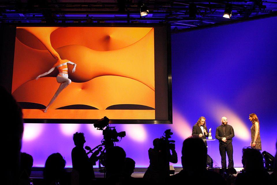 <!--:bg-->Българинът Любомир Сергеев получи най-престижната награда за фотография в света<!--:-->