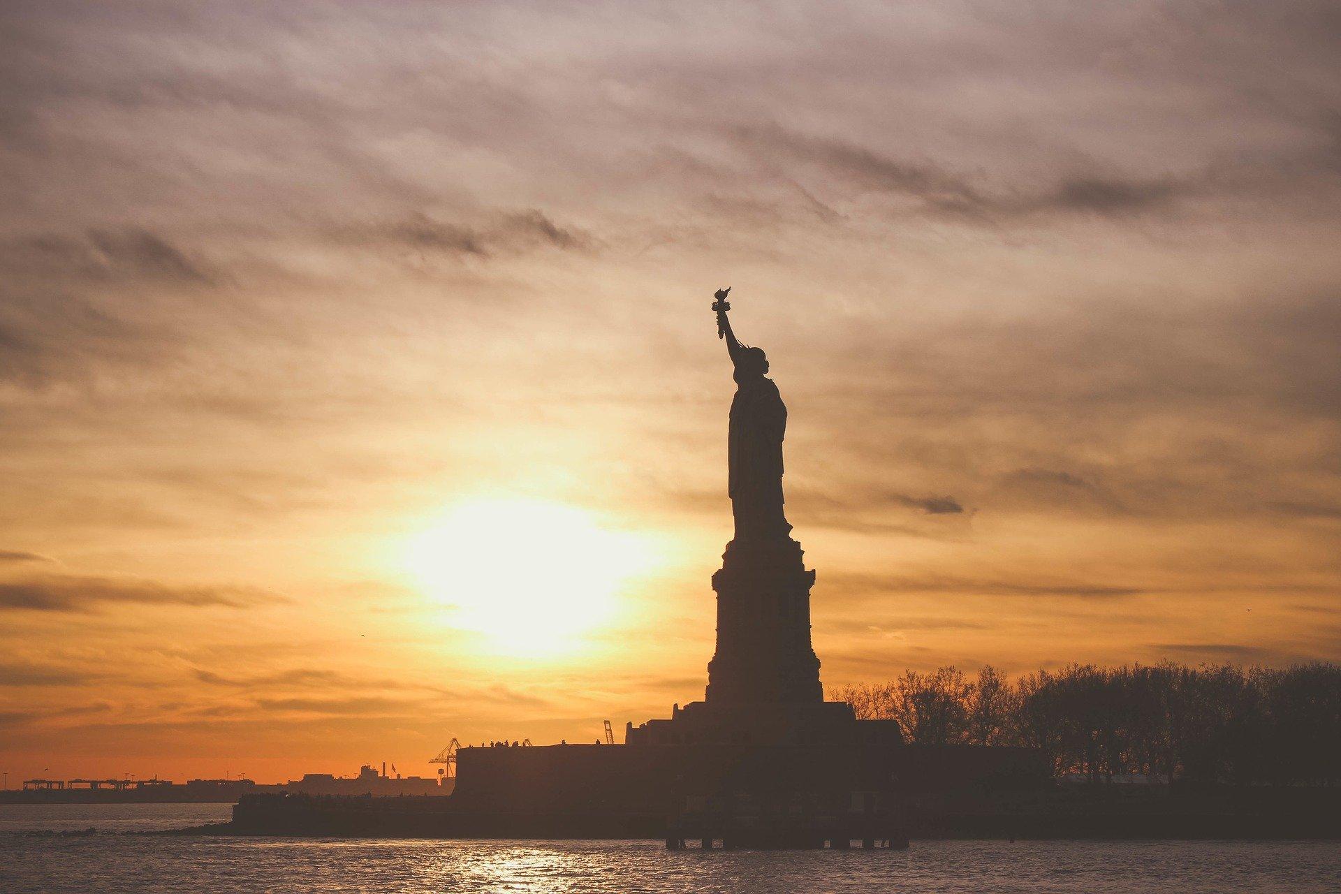 До Ню Йорк се стига първо със сърце и след това със самолет