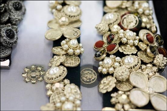 Съвършенството, което се крие зад Chanel Métiers d'Art