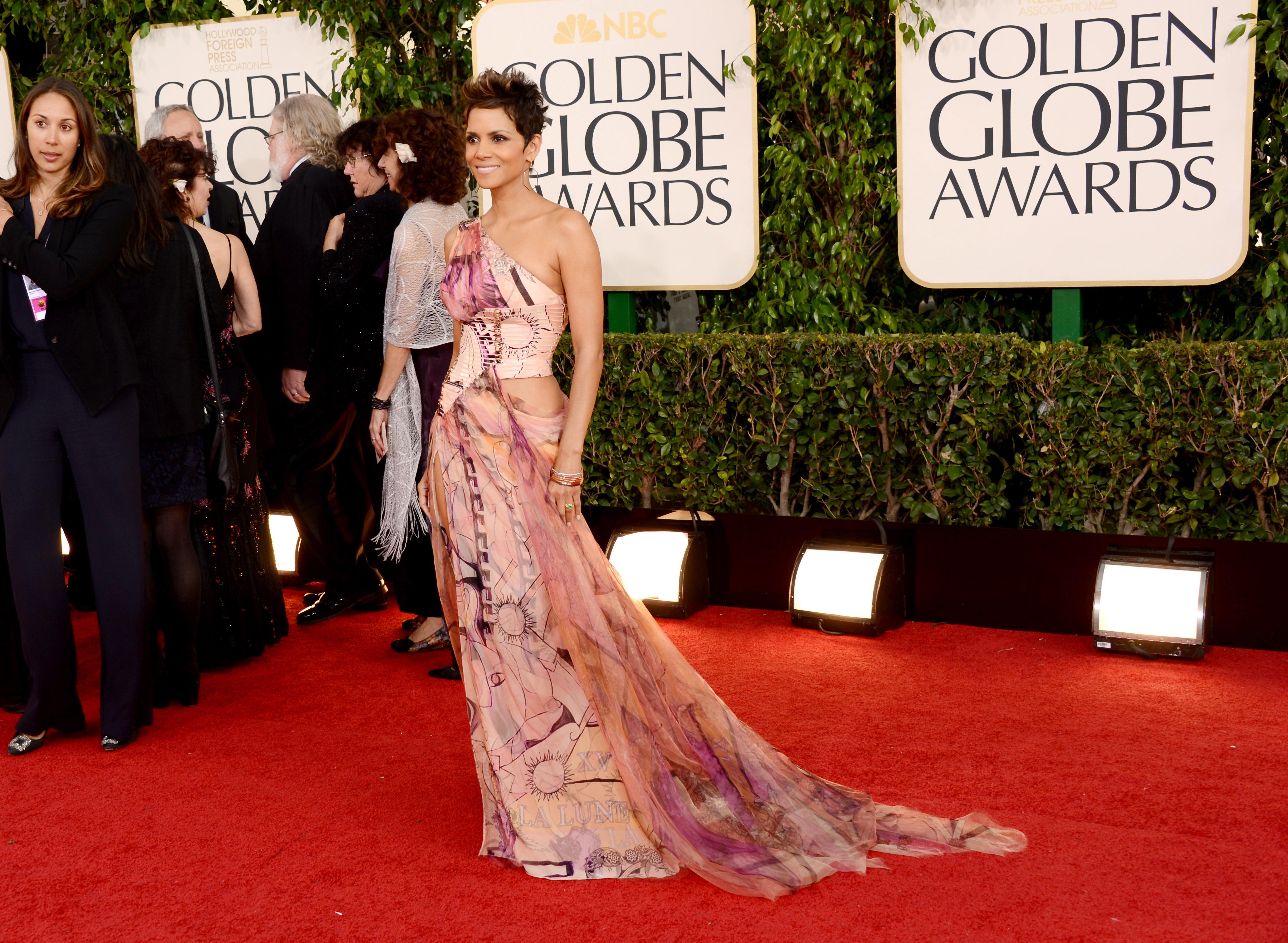Как не се прави? Лошите рокли и стил от близкото минало на Golden Globe?