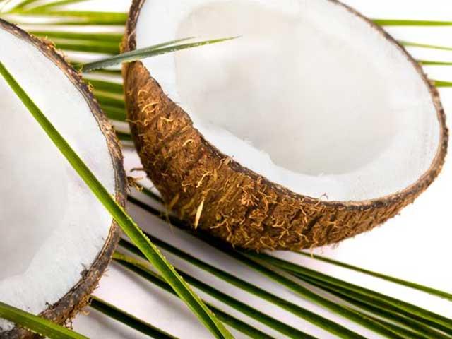 Алтернативната козметика: 5-те неподозирани приложения на кокосовото масло
