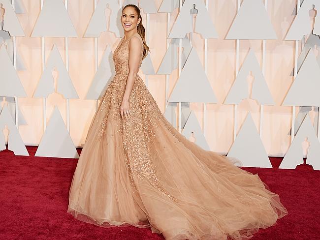 """Десетте най-красиви дами на """"Оскар""""-ите с техните прекрасни рокли"""