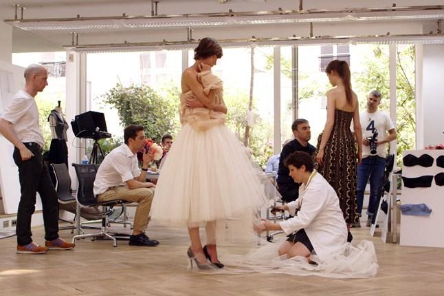 """""""Диор и аз"""" – филмът. За емоциите, напрежението и как една колекция висша мода става реалност"""