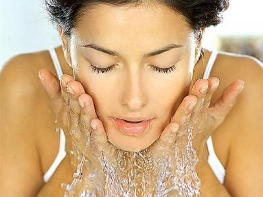 Кърпички за махане на грим: А миете ли лицето си след това?