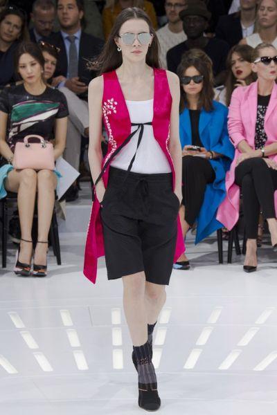 Елеците без ръкави – новата връхна дреха на пролетта и лятото