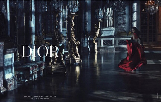 Rihanna-shows-Dior-campaign-on-instagram-May-2015-04-blog