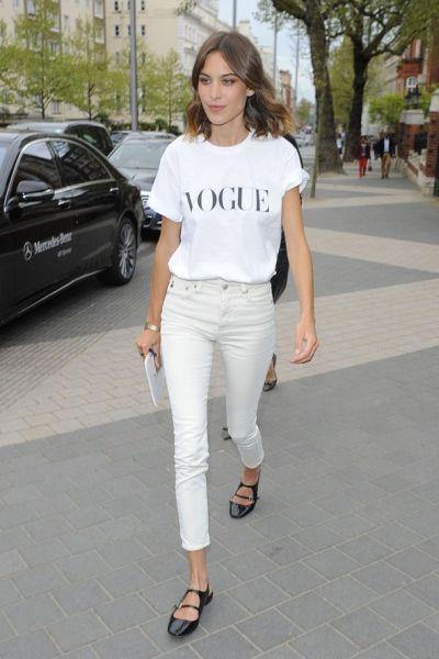 alexa-chung-white-jeans-vogue-21may15-rex_b_592x888