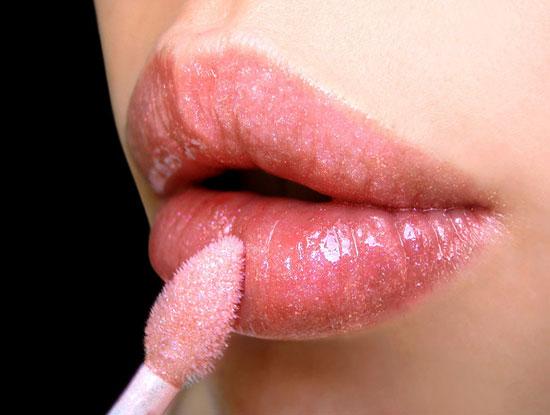 lips-glossy
