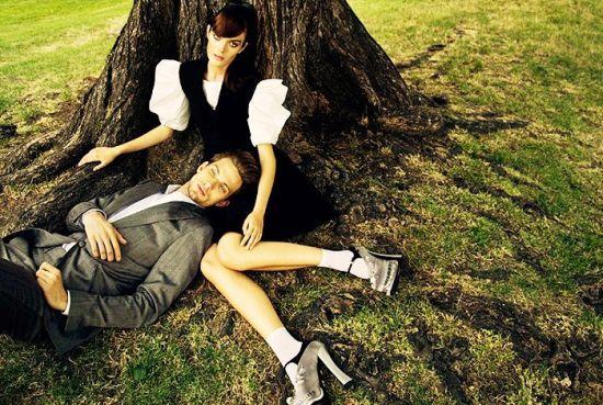 Десет кадъра мода, които разказват романтични истории