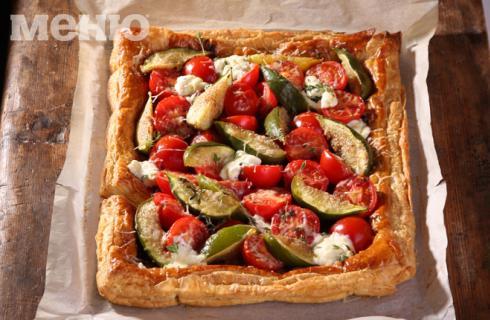 Днес откриваме връзката между смокини и домати в един вкусен тарт